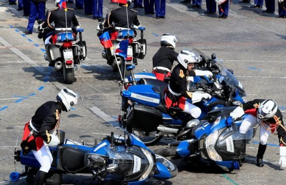 French police bikes crash into one other in mortifying Bastille Day parade gaffe