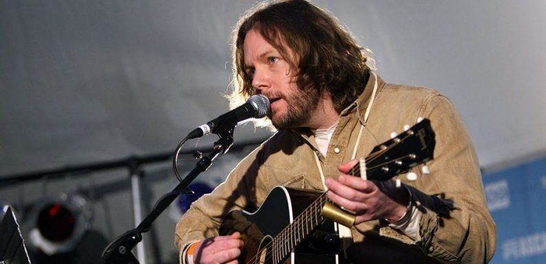 Black Crowes Guitarist Rich Robinson States Feud 'Became About Money'