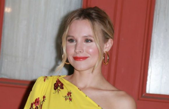 Kristen Bell And Liz Flahive Team With Immigrant Families Together To Reunite Mothers With Children At Border
