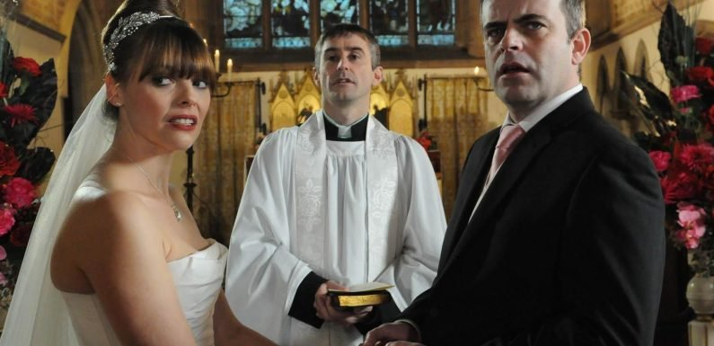 Will Steve McDonald and Tracey Barlow get married on Coronation Street, when did they get back together and who are his previous wives?