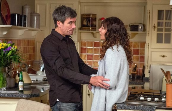 Emmerdale spoilers: Chas Dingle calls off her wedding to Paddy Kirk after an emotional breakdown over their baby