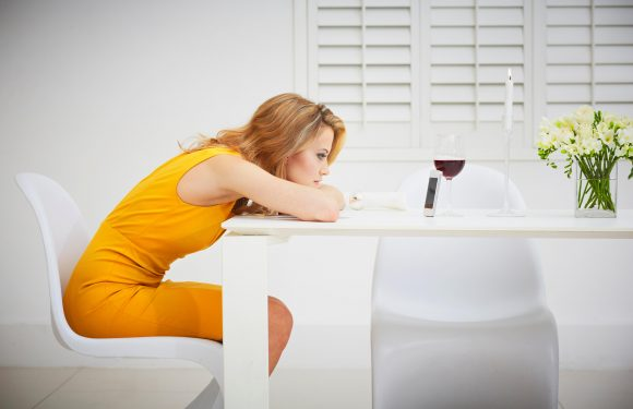 The 8 warning signs that your online date is bad news…and how to avoid them