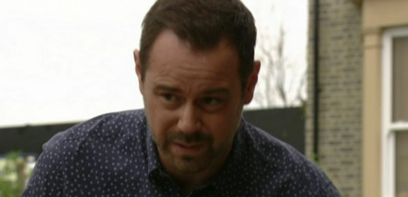 Danny Dyer's World Cup banter on EastEnders leaves fans in hysterics