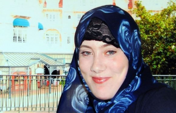 White Widow terrorist 'recruiting suicide bombers for beach attacks in the Med'