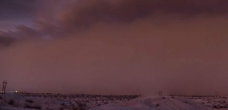Incredible timelapse footage captures spectacular dust storm