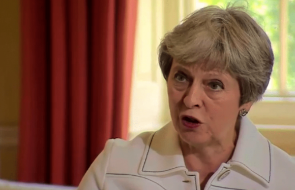 Theresa May refuses to rule out giving EU citizens special treatment to come to the UK after Brexit