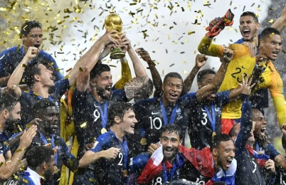 France lift second World Cup after winning classic final