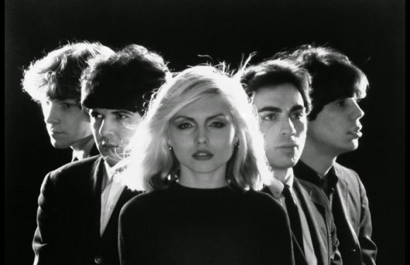 Blondie And Liz Phair Set For Vans House Party
