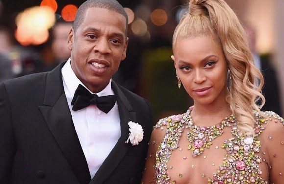 Beyonce And Jay Z Tour Now At The Louvre