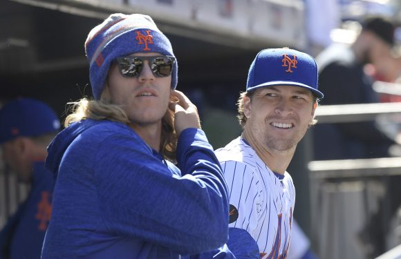 Padres' interest in Mets' star pitchers shows another trade option