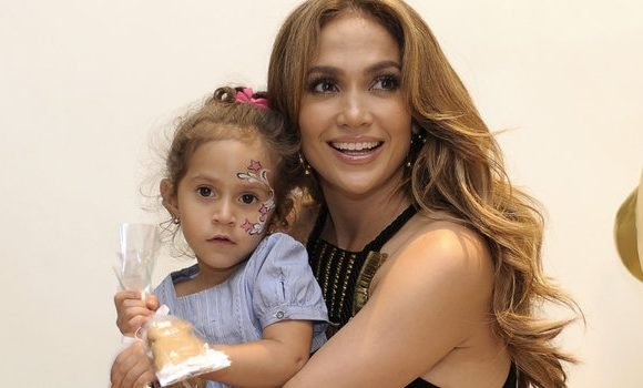 Jennifer Lopez's 10-Year-Old Daughter Is Now Taking Business Meetings