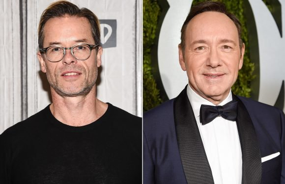 Guy Pearce DescribesKevin Spacey as a 'Handsy Guy': 'Thankfully I Was 29, and Not 14'