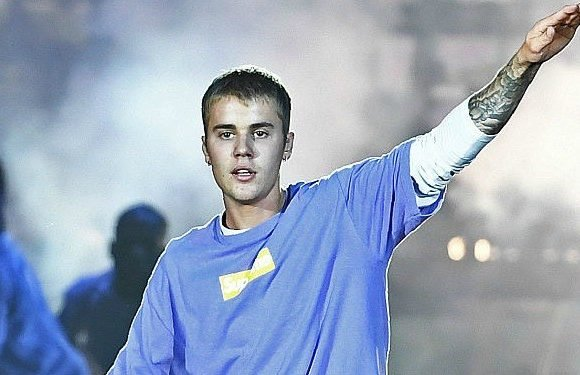 A Look Back At Justin Bieber's Love Life Before He Got Engaged to Hailey Baldwin – The Cheat Sheet