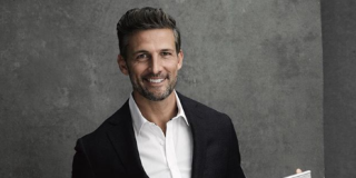 Bachelor star Tim Robards joins Neighbours as wealthy investor Pierce