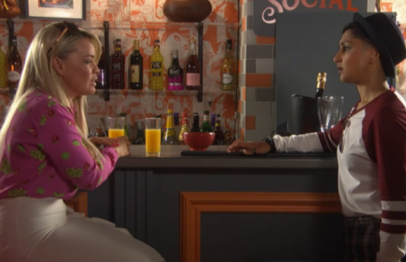 Hollyoaks fans left sobbing as Holly is hit by grief
