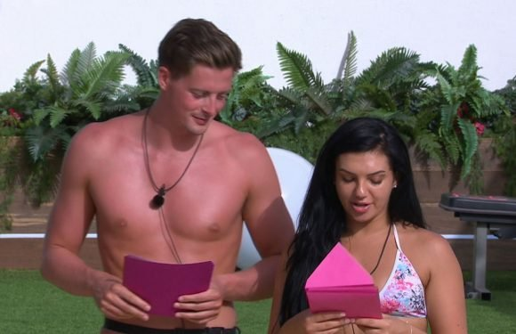 """Love Island's Alexandra and Dr Alex's chat about going """"exclusive"""" doesn't have a happy ending"""