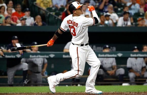 Red Sox join the Yankees in Manny Machado interest