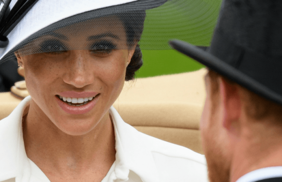 Meghan Markle Will Turn Into A 'Limping Bimbo' If She Keeps Wearing High Heels, Says One Royal Watcher