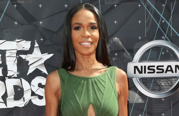 Destiny's Child Songstress Michelle Williams Checks Into A Mental Health Facility