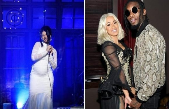 Pregnant rapper Cardi B reassures fans she isn't in labour yet