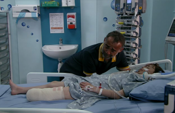 Coronation Street fans share horror as Kevin Webster discovers his son needs his foot amputated after sepsis diagnosis