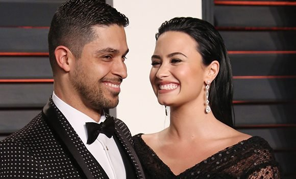 Wilmer Valderrama Rushes To Ex Demi Lovato's Side At The Hospital 1 Day After Her Overdose