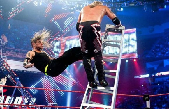 WWE 'Top 10' Ranks 'Extreme Rules' Craziest Crash Landings