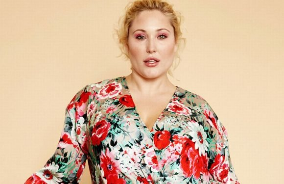 Hayley Hasselhoff shows you how to celebrate your curves with the latest trends