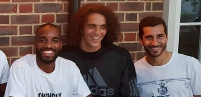 Top Arsenal target pictured with Gunners players in London – fans ecstatic