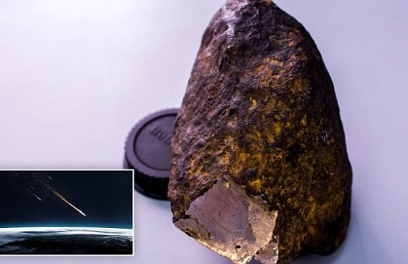 Siberian meteorite contains 'new mineral harder than diamond'