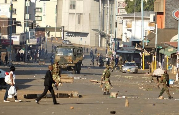 Army patrols 'ghost city' Harare after violence mars Zimbabwe election