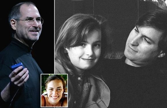 Steve Jobs's daughter says he once told her she smelled like a toilet