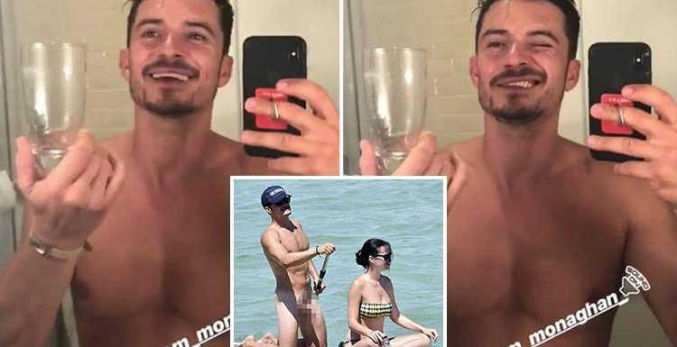 Orlando Bloom goes TOTALLY naked while removing a huge spider from his bathroom