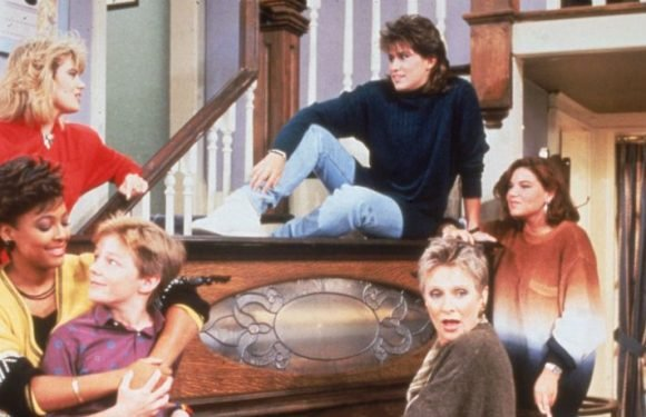 Leonardo DiCaprio & Jessica Biel Want To Reboot 'The Facts Of Life' And TV Fans Are Freaking Out