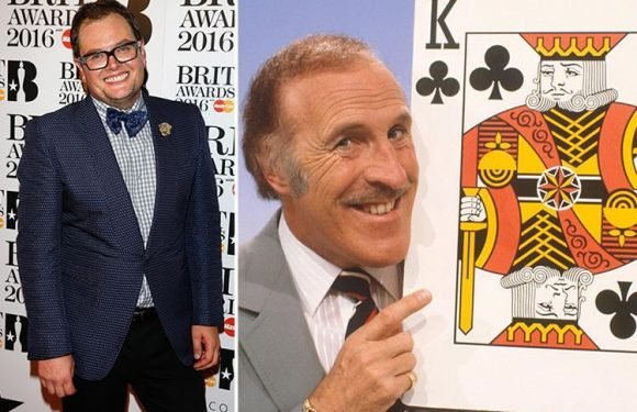 Alan Carr to host reboot of Sir Bruce Forsyth hit show Play Your Cards Right