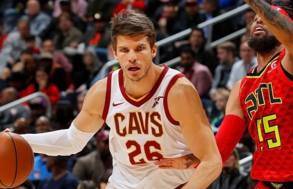 NBA Rumors: Cleveland Cavaliers Could Trade Kyle Korver For Future First-Round Pick, Says Joe Vardon