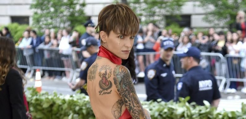 Ruby Rose Leaves Little To Imagination In Low-Cut Dress