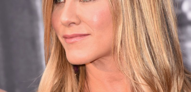 """Jennifer Aniston's Message To Haters Who Say She """"Can't Keep A Man"""" Is So Powerful"""