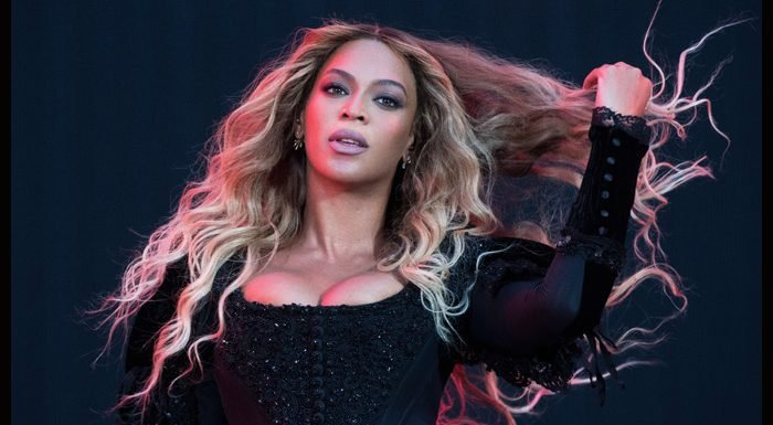 Beyoncé Given Control Over Vogue's September Cover