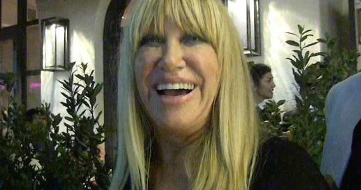 Suzanne Somers Fears Flirting is Dead in Wake of #MeToo