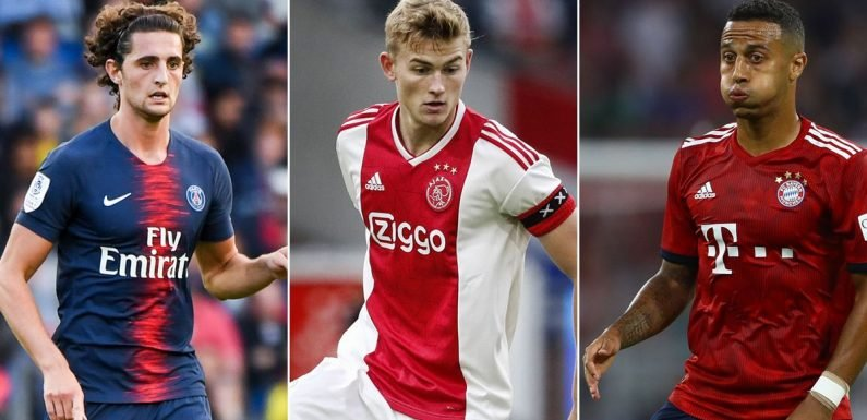 5 players Barcelona could sign before transfer deadline