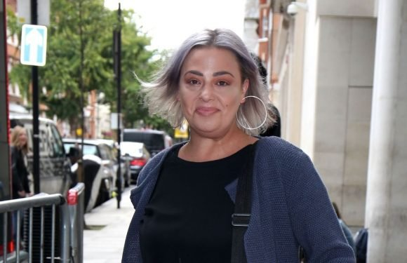 Happy Lisa Armstrong returns to Strictly job as fans spot what's on ring finger
