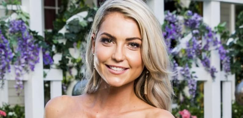 Bachelor contestant 'deeply sorry' for using n-word on Instagram