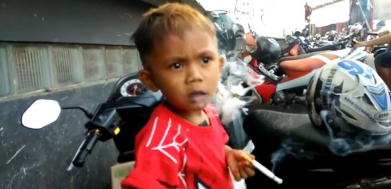 """Boy, 2, with 40-a-day smoking habit """"goes berserk"""" if he can't feed addiction"""