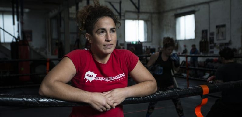 Boxing brings Bianca Elmir's family together