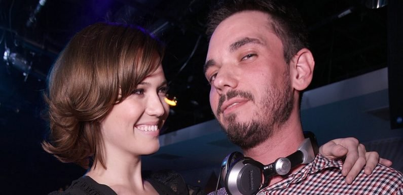 "Mandy Moore Posts Emotional Tribute For Ex-Boyfriend DJ AM: ""I Miss You Everyday"""