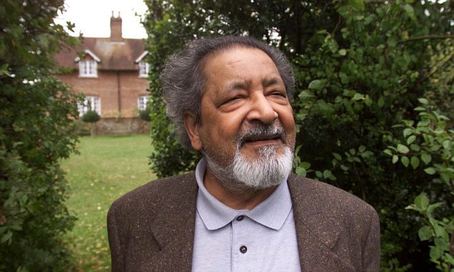British author V.S. Naipaul dies aged 85