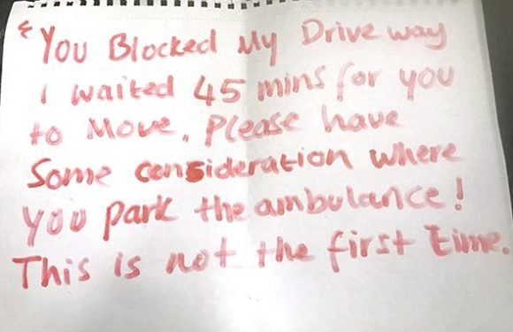 Paramedics beg public not to leave angry notes on
