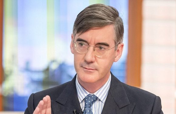 Brexit hardliner Rees-Mogg calls on Theresa May to 'chuck Chequers'