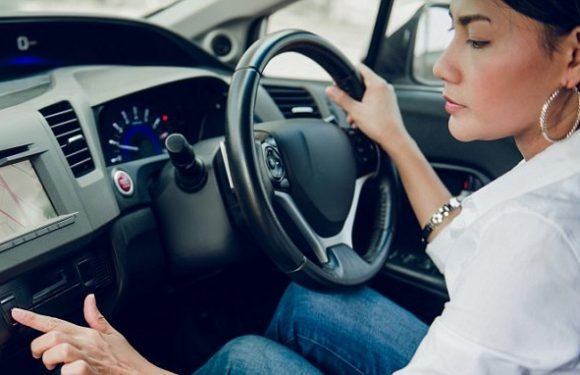Women are officially better drivers than men revealed in new study